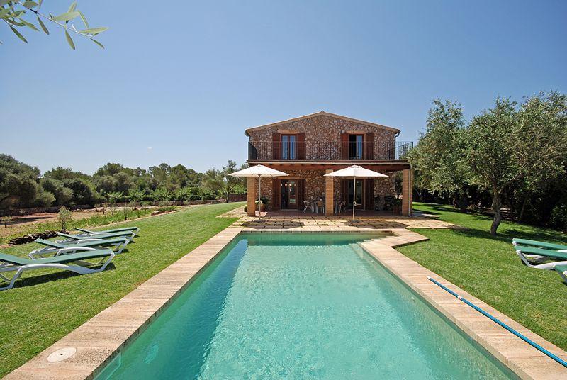 Ferienhaus mit Privatpool für 8 Personen ca 260 m² in Llubi Mallorca Binnenland von Mallorca