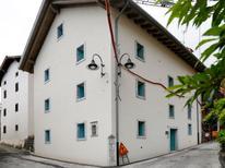 Appartement 1386919 voor 3 personen in Raveo
