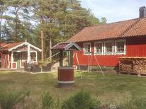 Holiday home 1386984 for 8 persons in Tanumshede