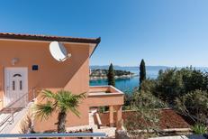 Appartement 1387882 voor 5 personen in Sveta Marina