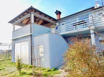 Ferienwohnung 1387886 für 3 Personen in Valbandon