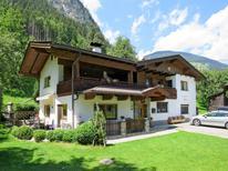Ferienwohnung 1388044 für 6 Personen in Mayrhofen