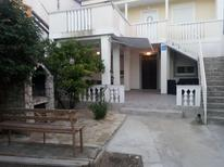 Appartamento 1388217 per 4 persone in Turanj