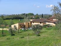 Holiday home 1388579 for 16 persons in Bagno a Ripoli