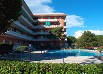Ferienwohnung 1388626 für 4 Personen in Lignano Pineta