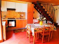 Appartement de vacances 1388689 pour 2 personnes , Tropea
