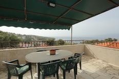 Holiday apartment 1390043 for 6 persons in Splitska