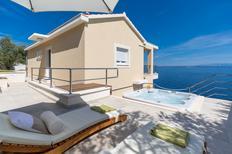 Villa 1390150 per 5 persone in Blato
