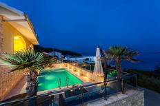 Casa de vacaciones 1390214 para 11 personas en Potirna