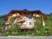 Ferienwohnung 1390610 für 4 Personen in Pinzolo