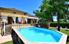Holiday home 1390670 for 11 persons in Pont-Saint-Esprit