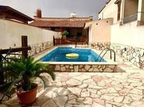 Ferienhaus 1391324 für 8 Personen in Alcamo Marina