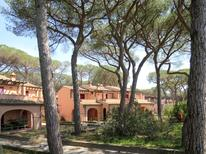 Holiday apartment 1391826 for 5 persons in Follonica