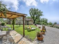 Ferienhaus 1391983 für 16 Personen in Castellina Scalo