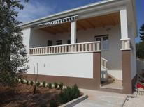 Vakantiehuis 1392525 voor 2 volwassenen + 2 kinderen in Sevid