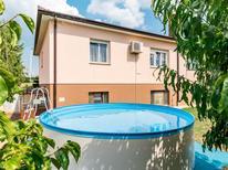 Ferienhaus 1392857 für 5 Personen in Rovinj