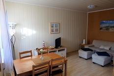 Ferienwohnung 1393169 für 4 Personen in Neugarmssiel