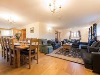Vakantiehuis 1393698 voor 10 personen in Swansea