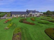 Maison de vacances 1393835 pour 14 personnes , Pwllheli