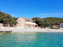Holiday apartment 1394271 for 6 persons in Ustrine