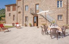 Ferienhaus 1394355 für 6 Personen in Castelvecchio di Compito