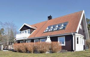 Gemütliches Ferienhaus : Region Gotland für 9 Personen