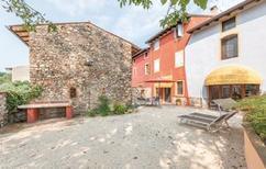 Ferienhaus 1394621 für 4 Erwachsene + 2 Kinder in Peschiera del Garda