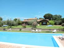 Ferienhaus 1394630 für 12 Personen in Val di Lago