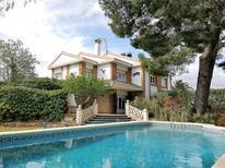 Ferienhaus 1394676 für 8 Personen in Les Tres Cales