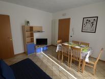 Ferienwohnung 1395240 für 5 Personen in Cattolica