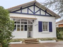 Holiday home 1395409 for 10 persons in Arcachon