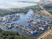 Ferienwohnung 1395620 für 5 Personen in Øerne