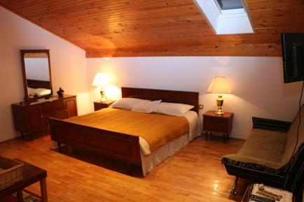 Für 2 Personen: Hübsches Apartment / Ferienwohnung in der Region Sibenik
