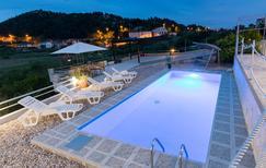 Ferienwohnung 1395757 für 2 Personen in Baćina