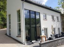 Villa 1395924 per 18 persone in Zweifelscheid