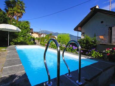 Gemütliches Ferienhaus : Region Tessin für 4 Personen