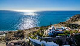 Ferienhaus 1396121 für 15 Erwachsene + 3 Kinder in Mirtos
