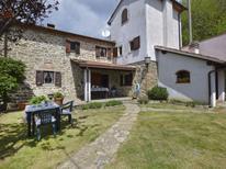 Ferienhaus 1396888 für 5 Personen in Pistoia