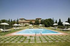 Ferienhaus 1396944 für 12 Personen in San Quirico d'Orcia