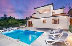 Villa 1397706 per 8 persone in Radmani