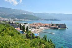 Room 1397919 for 3 persons in Budva