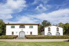 Vakantiehuis 1397990 voor 11 personen in Vecchietto
