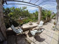 Villa 1398001 per 6 persone in Lozisca