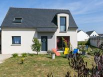 Casa de vacaciones 1398087 para 8 personas en Plouescat