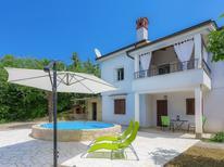 Ferienhaus 1398316 für 4 Personen in Cerovlje