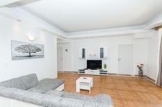 Ferienhaus 1398371 für 8 Personen in Drnis-Umljanovici