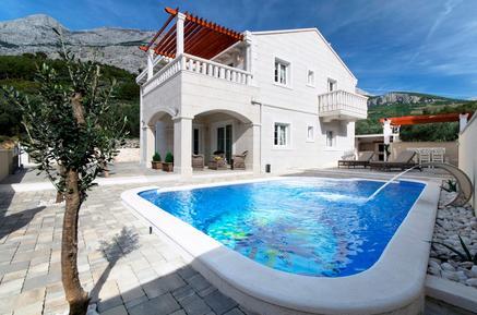 Gemütliches Ferienhaus : Region Makarska für 12 Personen