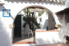 Ferienhaus 1398681 für 6 Personen in Torre delle Stelle