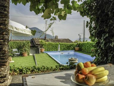 Gemütliches Ferienhaus : Region Brissago für 4 Personen