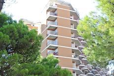 Ferienwohnung 1399138 für 4 Personen in Lignano Sabbiadoro